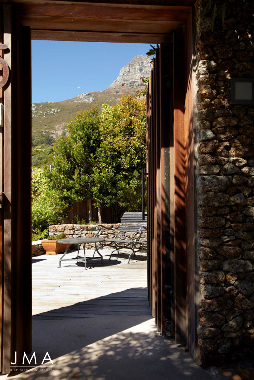 Secluded Clifton Bungalow - Entrance
