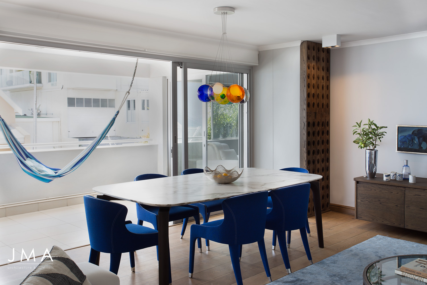 Atlantic Views Sea Point apartment interior renovation by Jenny Mills Architects - Dining Area