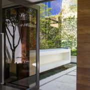 Avenue Fresnaye Villa Entrance Courtyard architecture & landscaping 3 - Interior Architectural design by Jenny Mills Architects