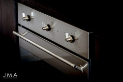 Integrated oven detail