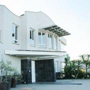 phoca_thumb_l_brackenridge house exterior 15