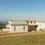 phoca_thumb_l_brackenridge house exterior 19
