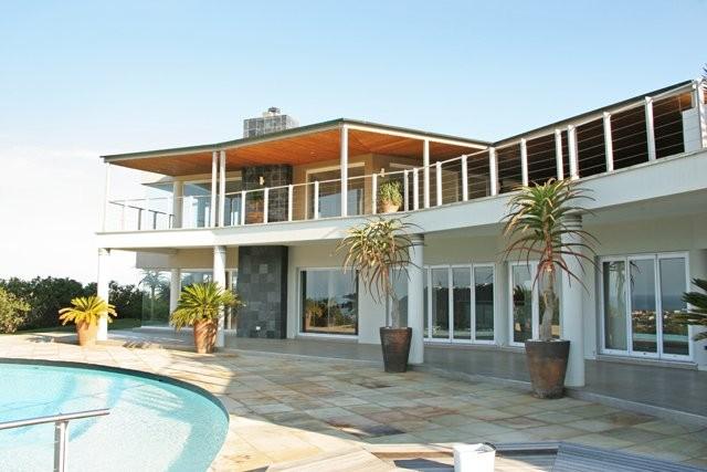phoca_thumb_l_brackenridge house exterior 18